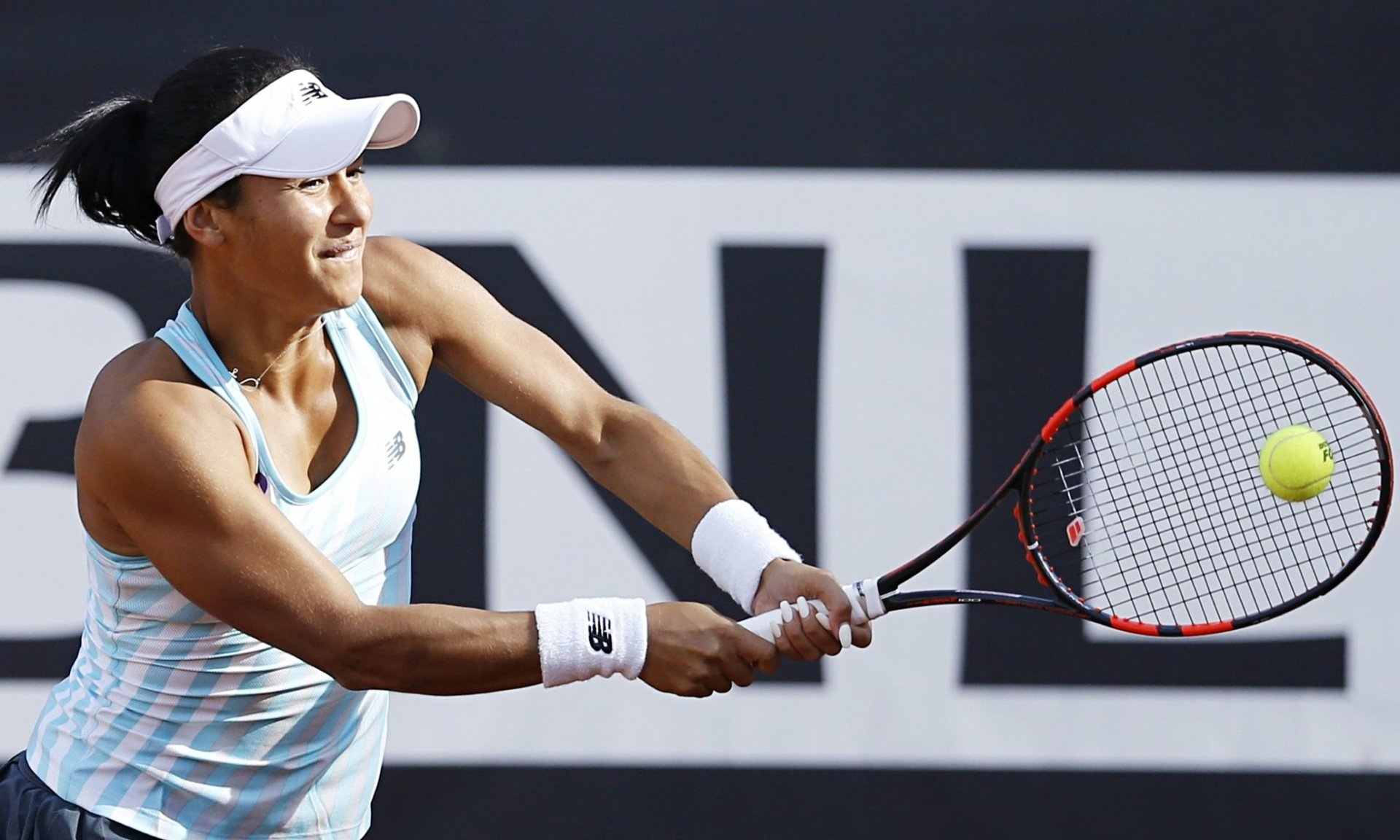 Heather Watson powerless against Carla Suárez Navarro at Italian Open