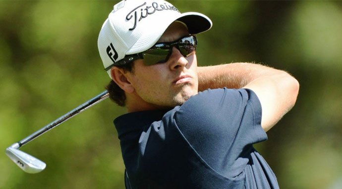 Adam Scott close to No1 ranking after extending lead at Bay Hill