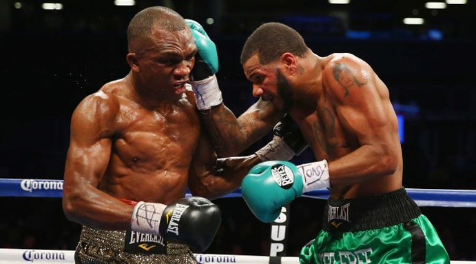 Sakio Bika loses super middleweight title to Anthony Dirrell